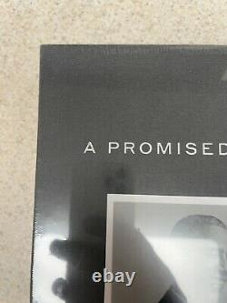 Barack Obama A Promise Land Signed Deluxe 1st Edition Autographed RARE-in Hand