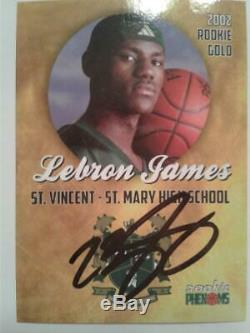 LeBRON JAMES Rookie Gold 2002 Hand-Signed Autographed ROOKIE PHENOMS Card withCOA
