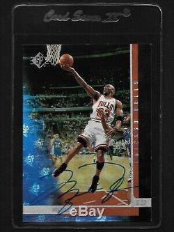 Michael Jordan Upper Deck hand signed Autograph Card withCOA