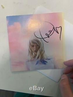 Taylor Swift Autographed Hand Signed Lover Booklet + Single Of Me