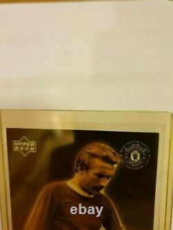 02 Ud Manchester Man United Denis Law Main Légendaire Signée Autograph Auto 05/10