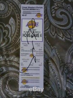 (1/1) Kobe Bryantautographedhand Signed'96-97 Rookie Année Éliminatoire Ticketrare