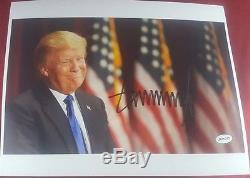 45ème Président Américain Donald J Trump 10x8 Couleur Photo Signée À La Main Authentifiée