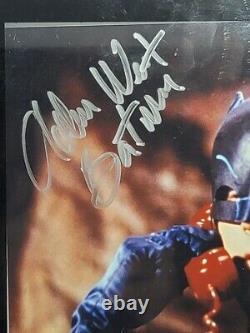 Adam West Batman Main Signée Autographed 8x10 Photo Photo Coa