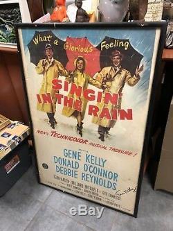Affiche De Cinéma Autographiée Et Signée À La Main De Gene Kelly Chantant Sous La Pluie, Encadrée