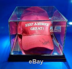 Authentique Keep America Grand Chapeau Main Signé Par Le Président Donald Trump