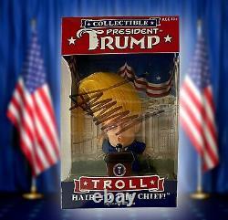 Authentique! Main Signée Président Donald Trump Poupée Troll Dédicacée