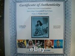 Bettie Page- 8x10 Main Signe B & W Avec Coa Autograph / Awesome! Prix réduit