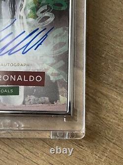 Cristiano Ronaldo Auto 7/25 Topps 768 Meilleur Buteur De Tous Les Temps En Hand