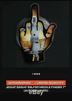 Eminem 7 Signés Vinyle Ltd / 99 Middle Finger Autographié Sslp20 Dans La Main