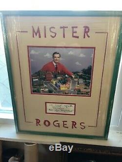 Fred Rogers Autographe Monsieur Rogers Encadré Photo Et Main Carte Signée Jsa Auth