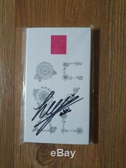 Groupe D'étude Loona Mois MD Autographié Signée À La Main Heejin