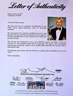 Johnny Carson Autographe A La Main Signé 8x10 Photo Psa / Adn Certifié Loa