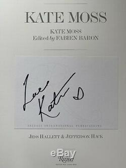Kate Moss Par Kate Moss Main Signe Livre Autographed Au Rizzoli Bookplate