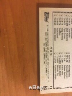 Kobe Bryant A Signé La Main Carte Topps Autograph Avec # Coa-authentique 29 De 30