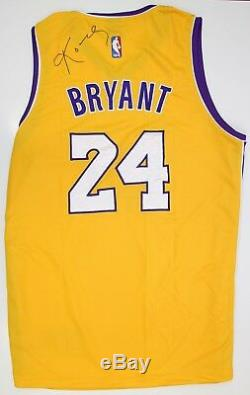 Kobe Bryant Maillot Maillot La Lakers Signé À La Main Avec Signature De Coa