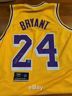 La Lakers Bryant Kobe Hand Signed Autographed Jersey Jaune # 24 Avec Coa