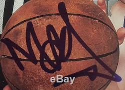 Main De Pierre De Roulement Autographiée Par Beastie Boys Signée Par Mca, Preuve D'adrock Mike D