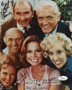 Mary Tyler Moore A La Main Signée 8x10 Photo Coulée Signée Par 3 Jsa Authentic