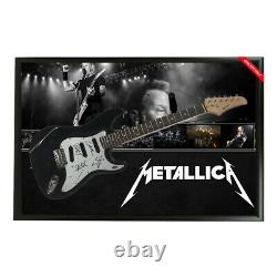 Metallica Signé À La Main Framed Full Size Stratocaster Guitar Hetfield Ulrich