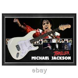 Michael Jackson Signé À La Main Framed Full Size Stratocaster Guitar Thriller Bad