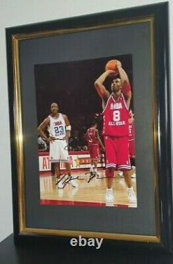 Michael Jordan Et Kobe Bryant Signés Avec Authentique Framed Coa 8x10
