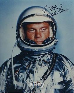 Photo Couleur Autographiée Et Signée À La Main Par L'astronaute John Glenn