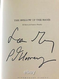 Pj Harvey + Seamus Murphy The Hollow Of The Hand Signé Livre Autographié