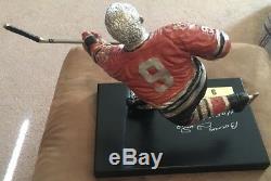Rare Bobby Hull Signé À La Main Statue Dédicacée Golden Jet Stadium Protocole Photo