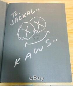 Rare Kaws Art Book 2010 Autographe Signé À La Main Signature Autographe