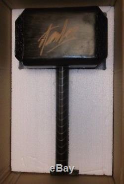 Stan Lee Marteau En Résine Autographié Et Signé Mighty Thor Autographié