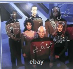 Star Trek The Next Generation Tng Cast Hand Signé Photo 118/2500 Coa Nouveau