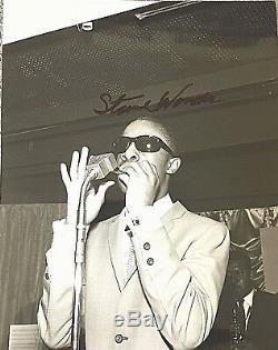 Stevie Wonder / Véritable Photo Signée À La Main / Notarized Provenance / Loa