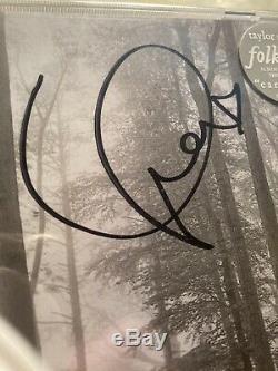 Taylor Swift A Signé Folklore Autographed CD Dédicacé New Sealed En Stock Main