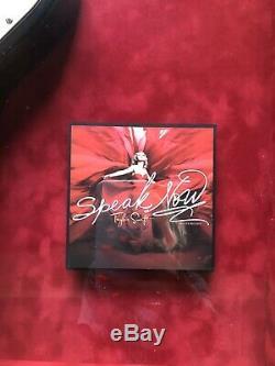 Taylor Swift Guitare Photo Signée À La Main Cadres Autographié Grande Rare Collect