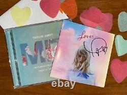 Taylor Swift Signé À La Main Autographié Lover Booklet Scellé Et Moi! Numéro D'identification De L'unité De Mesure