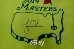 Tiger Woods Championnat Signée À La Main Autographié 2019 Master Pin Drapeau Uda / 1000