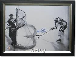 Wayne Gretzky Autographié Signée À La Main 24x32 Toile Dans Le Bureau # / 99 Wga