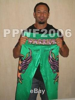 Wwe Chavo Guerrero Anneau Worn Signée À La Main Autographiés Collants Avec Preuve Et Coa 5