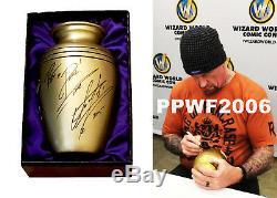 Wwe L'urne Undertaker Autographiée Et Signée À La Main Avec Inscription Rip Et Preuve