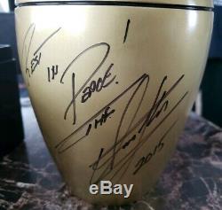 Wwe The Undertaker Urn Autographiée Et Signée À La Main, Preuve D'inscription